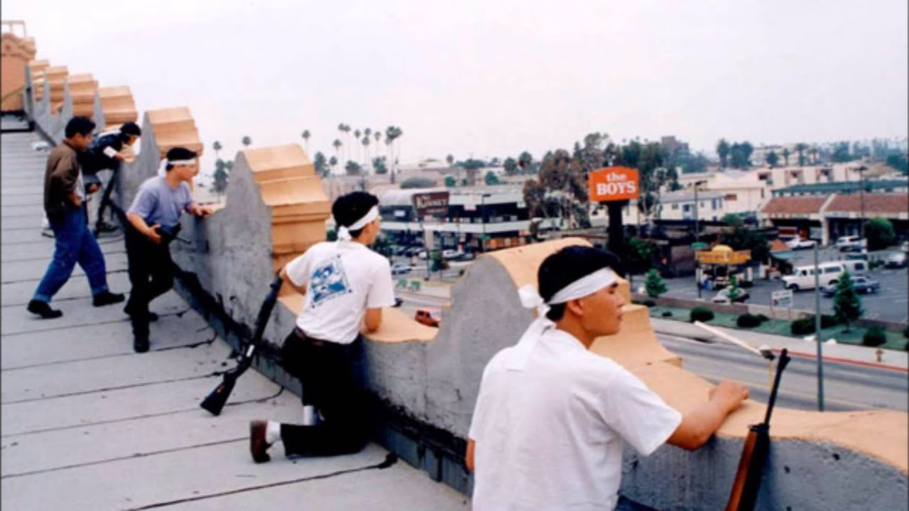 the rodney king riots The la riots are mostly associated with the beating by police of rodney king, but have a deeper and more complex background than that we will start by looking at the background of rodney king and the other causes to the la riots.
