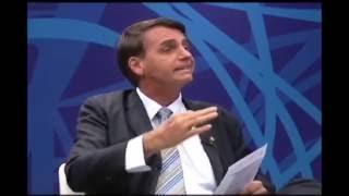Bolsonaro dá resposta sensacional a jornalista esquerdista
