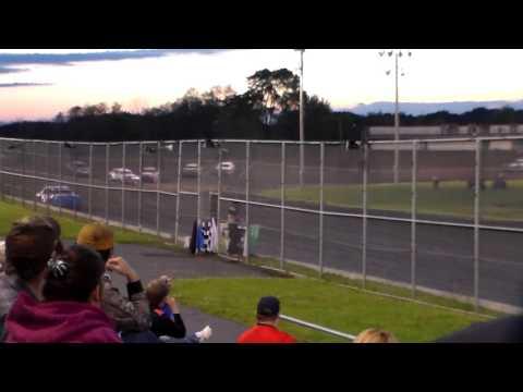 Hobby Stock Heat 3 @ Boone Speedway 05/27/17