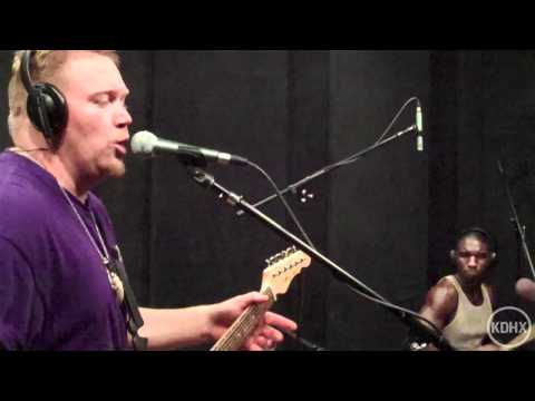 "Cedric Burnside and Lightnin' Malcolm ""So Many Women""  Live at KDHX 8/18/10 (HD)"