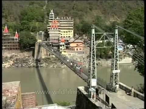 Devprayag - the confluence of river Alaknanda and Bhagirathi