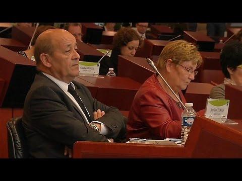 Ministre et de président de région : Jean-Yves le Drian assume le cumul