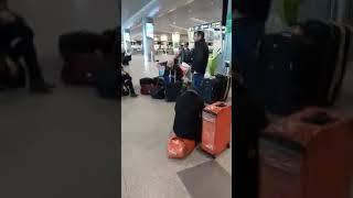 Հայերը Մոսկվայից չեն կարողանում գալ Հայաստան. Hraparak.am