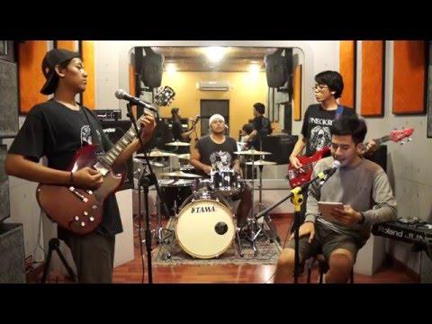 Adit 'n Friends band - Nanoe Biroe - Gumi Tanpa Matan Ai (cover)