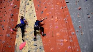 presentation de l ecole d escalade enfants du club alpin francais de niort