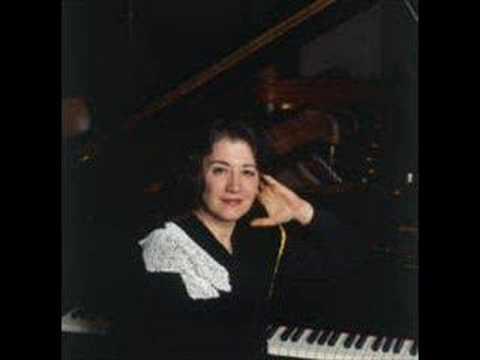 Martha Argerich plays Ginastera danzas argentinas pt. 3