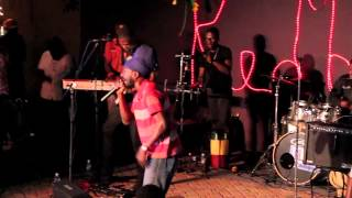 LIVE AT REDBONES (Kingston, Jamaica): Sizzla (Give Me A Try)