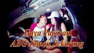 Download Video Video 17th ++  - Malam Mingguan Sama Pacar Di Dalam Mobil - Tempat Sepi Plus Hujan MP3 3GP MP4