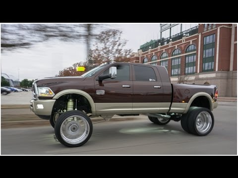 Duallys on big wheels! 2016 RAM Longhorn Dually on 26 ...