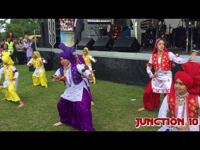 Bhangra Punjabian Di Shaan Performed By Little Kids