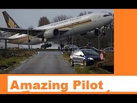 Amazing pilot skills to save plane from crashing file compil