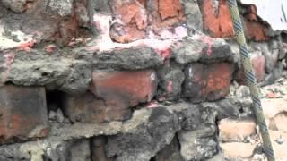 видео Демонтаж дымовых труб: как делается в котельной и частном доме