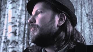 Tuomo Salmelainen & Helsinki Unplugged - Onnelliset