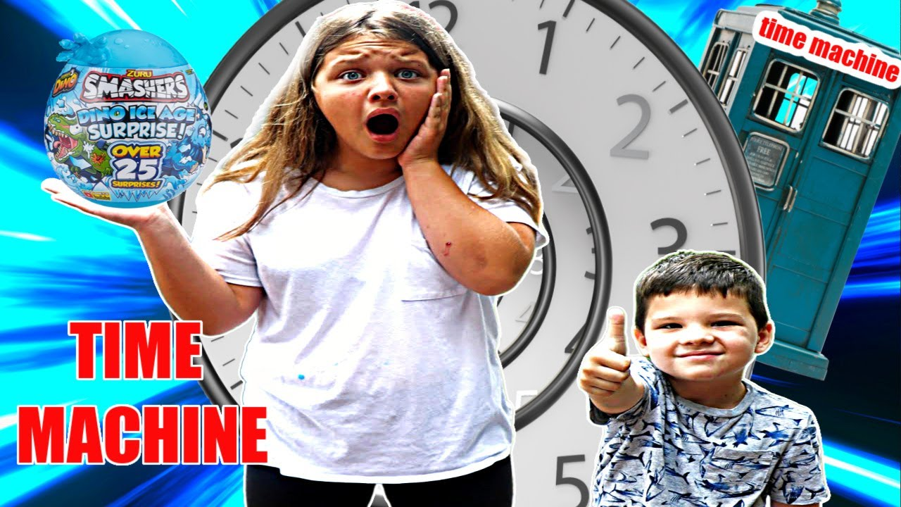 VENDING MACHINE TIME MACHINE! ⏰ Aubrey Time Travels in Box Fort Time Machine