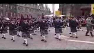 Isla St Clair presents 10,000 Pipers