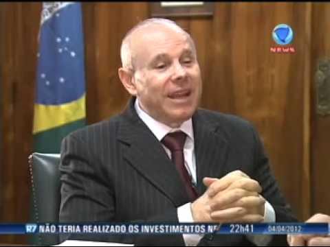 Entrevista Record - 04/04/2012: Guido Mantega fala sobre as novas medidas de estimulo à indústria