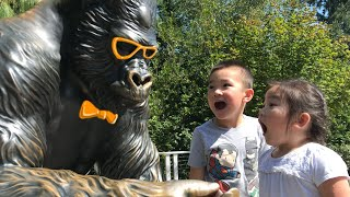BLIPPI was here at the ZOO   Learn Sea Animals for Kids
