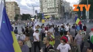 Oamenii au fost gazati de jandarmi in Bucuresti. Imagini socante