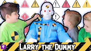 The Dummy! Foam Box Fort +Test Out Toys with HobbyKidsTV