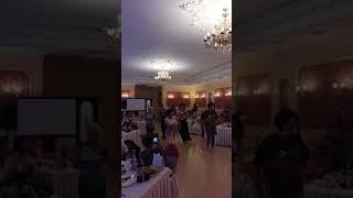 Танц -сюрприз от мамы и ее подруг ко дню свадьбы.Уфа.Версаль