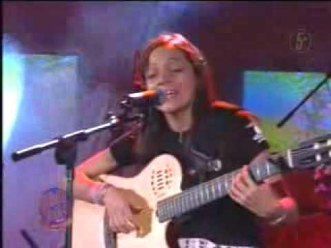 Natalia Lafourcade - Un Pato