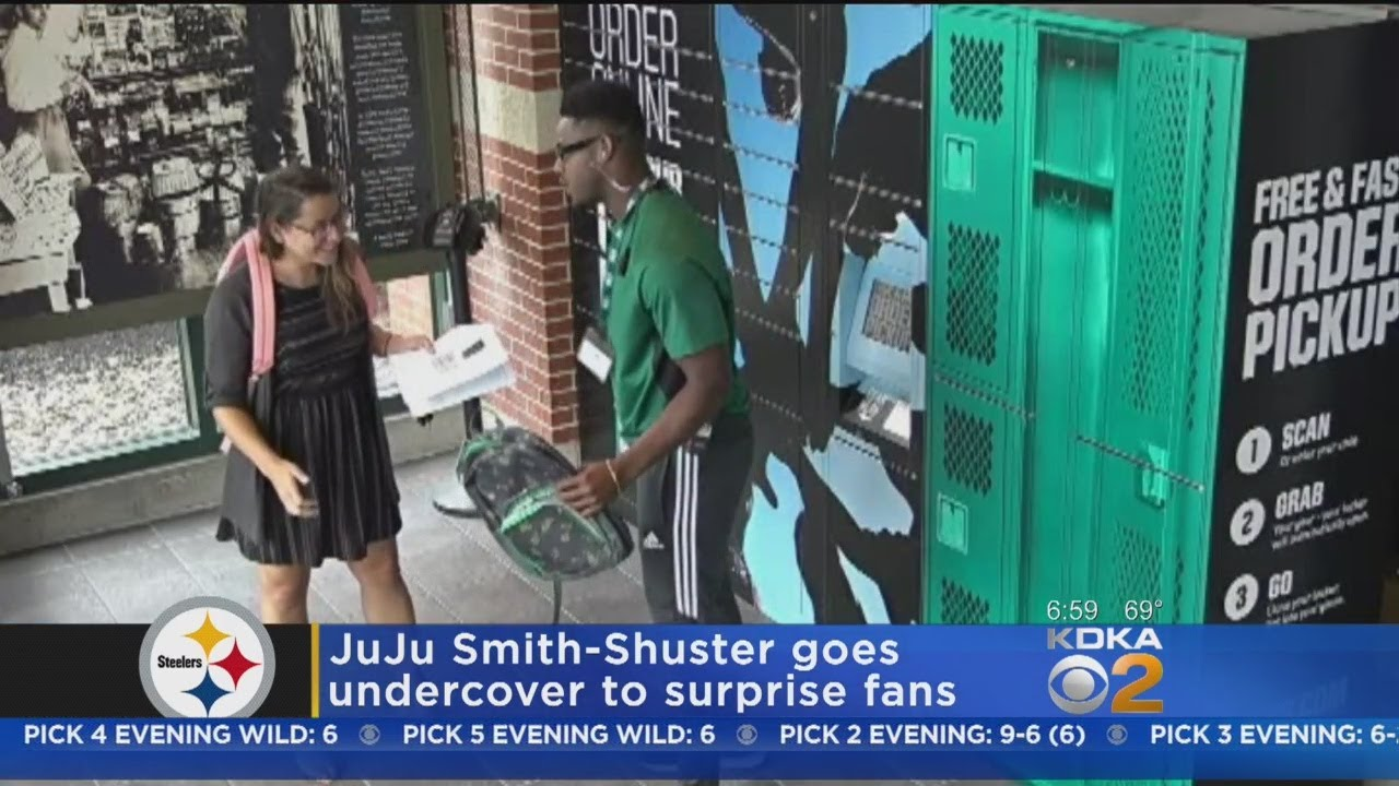 6eecb215 Undercover JuJu: Steelers WR Surprises Shoppers At Dick's Sporting Goods