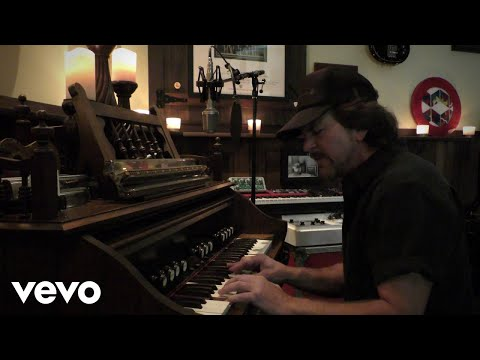Eddie Vedder - River Cross