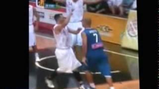 bofetada  de carlos arroyo en los Centro Americanos  juego basket entre mexico y puerto rico