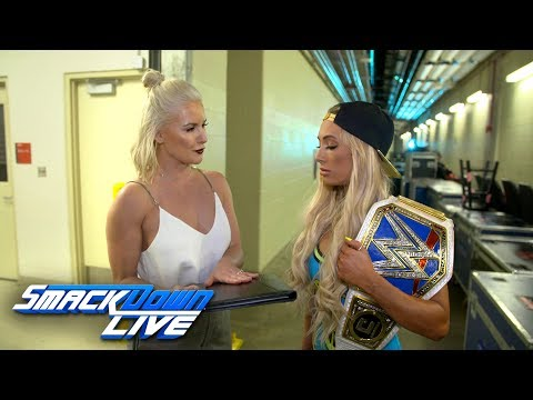 Carmella signs the contract for her title defense at Backlash: SmackDown Exclusive, April 24, 2018