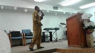 Walking in the light of Jesus christ pastor Craig pratt preaching