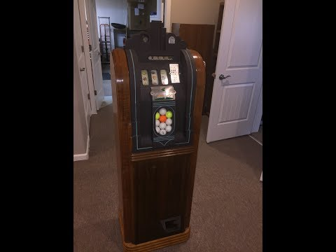 Mills Golf Ball Slot Machine