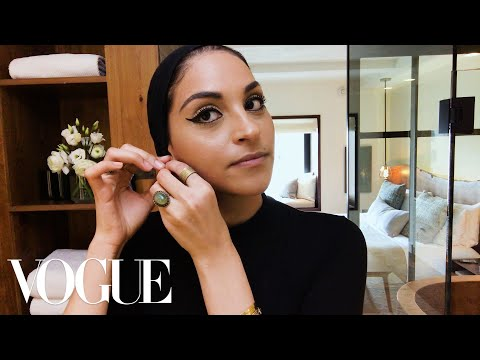 The Egyptian Cat-Eye Is Easier Than It Looks | Vogue