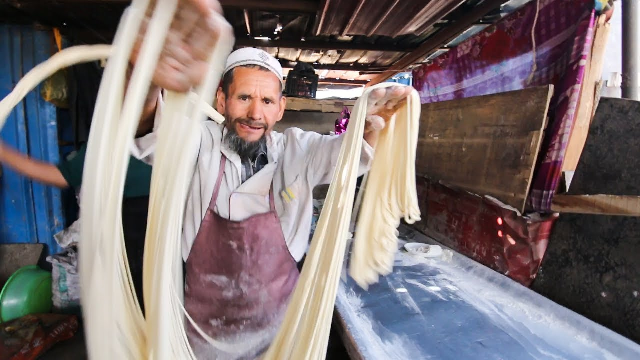 Incredibly RARE Muslim Street Food in DEEP China