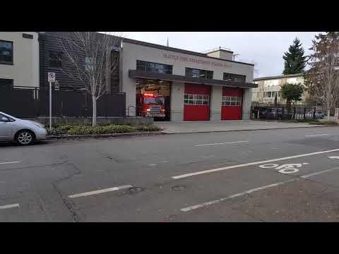 Seattle Fire Engine 17 Responding