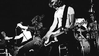 Ramones at Kellys Pub 1977 Gimme Shock Treatment