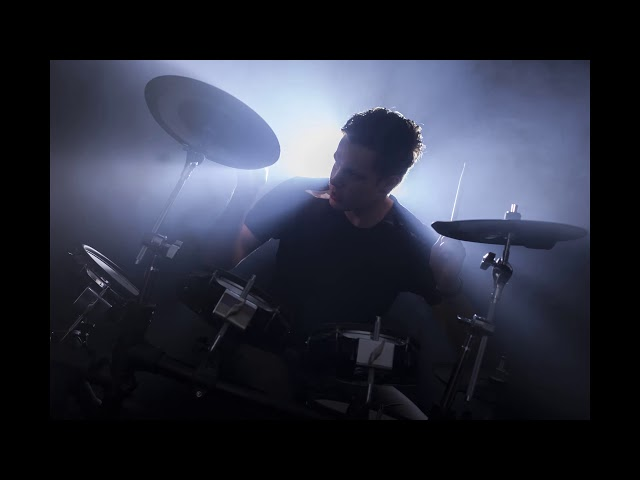 Play Along - Rolling Down The Hill (DrummenOnline)