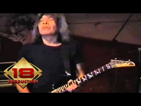 God Bless - Bagimu Negeri (Live Cirebon 16 Agustus 2006)