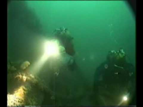 New Jersey Lobster Diving For Huge Lobsters