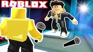 RAP BATTLING A BULLY IN ROBLOX! Auto Rap Battles 2 Roblox Funny moments