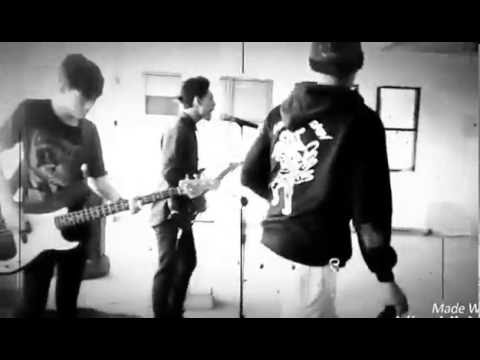 Kill My Chicken Cover Lagu Killing Me Inside ~ Tormented #3