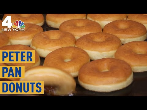 Peter Pan Donuts: Checking Out One Of Brooklyn's Most Famous Pastry Shops | NBC New York