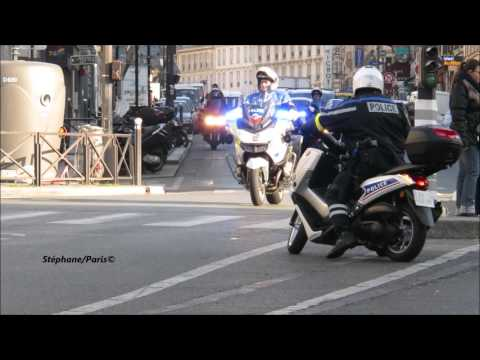 Police motorcycle escort the French  président: Hollande