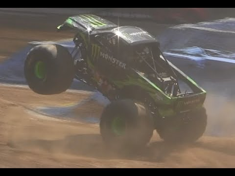 Monster Energy Wheelie - Monster Jam Lyon 2017