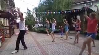 Учимся танцевать сиртаки