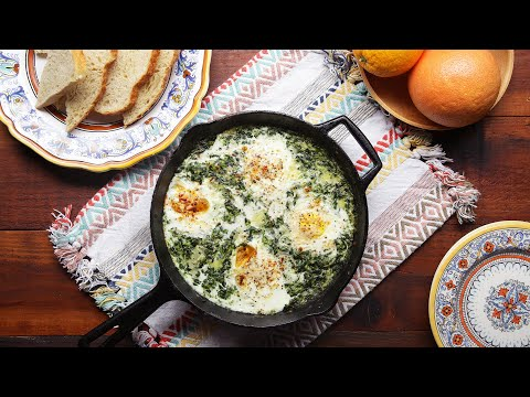 Creamy One-Pot Spinach Egg Breakfast • Tasty