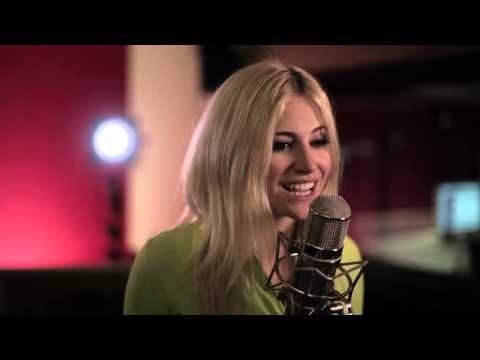 Pixie Lott - All Of Me/Waves/My Love (Acoustic)