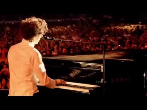 any other world-Mika (Live) +lyrics