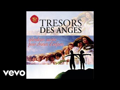 The Choir of Trinity College, Cambridge, Richard Marlow - Agnus Dei, Op.11 (Audio)