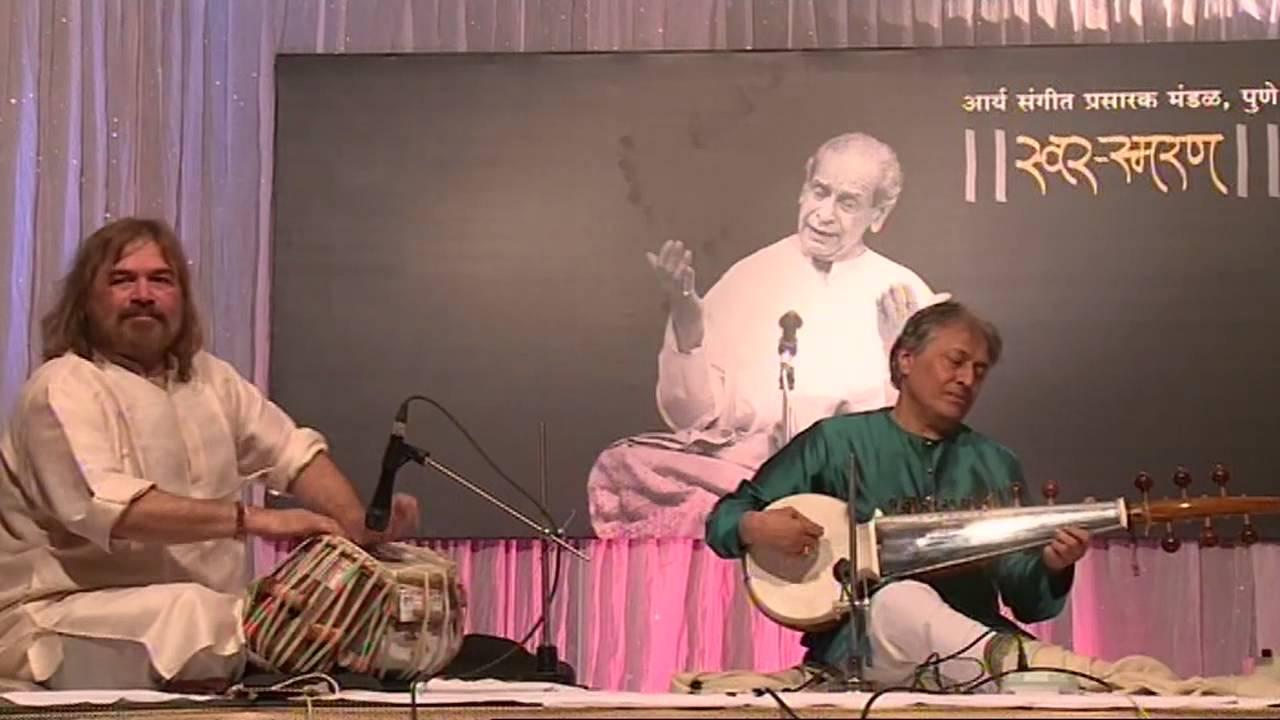 Tribute to Pandit Bhimsen Joshi by Sarod Virtuoso Amjad Ali Khan - Raga Durga