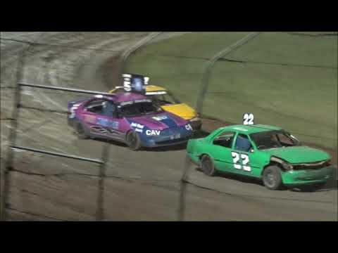 RSA Street Stocks Feature Race at Castrol Edge Lismore Speedway. 01.12.18. - dirt track racing video image